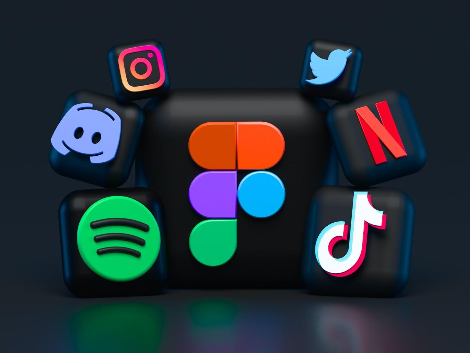 How Social Media Helps Students To Encourage Creativity